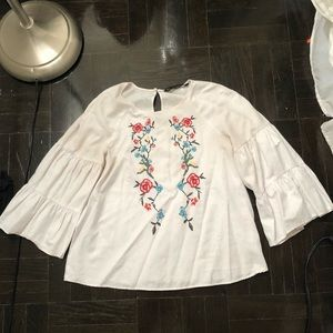 Zara white embroidered top small
